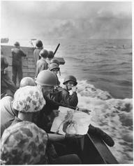 Foto Perang Dunia Kedua, 1944