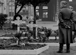 [Image: British+graves+in+France.jpg]